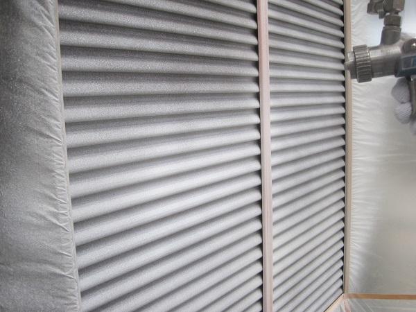 神奈川県川崎市 外壁塗装 付帯部塗装 雨戸 日本ペイント ピュアライドUVプロテクトクリアー