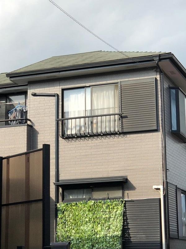 神奈川県川崎市 外壁塗装 塗装工事は梅雨入り前がオススメ コーキング亀裂