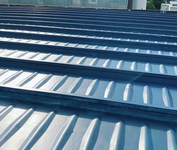 神奈川県川崎市 屋根塗装 折板屋根 下地処理 日本中央研究所 遮熱塗料 アドグリーンコート
