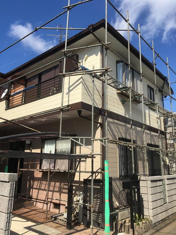 神奈川県川崎市 屋根塗装・雨樋交換 近隣の方へのご挨拶 足場設置